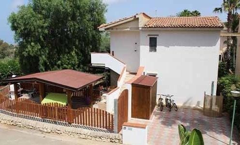 casa vacanze 1 dentro Villaggio Turistico Alpitour Athena Resort
