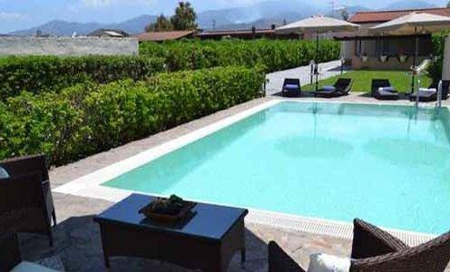 Villa con piscina privata vicinissima al mare